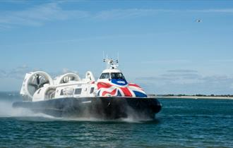Isle of Wight, Things to Do, Hovertravel, Lunchtime Flyer, Hovercraft Travel