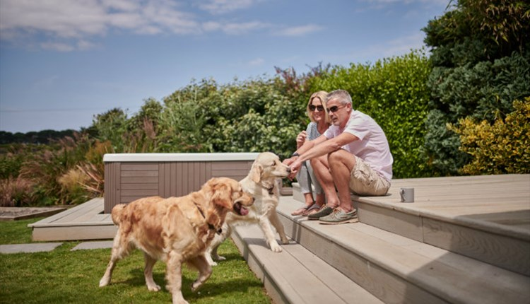 Isle of Wight, Accommodation, Dog Friendly Accommodation, Self Catering, Island Wide