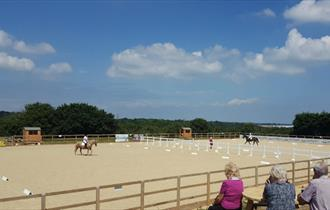 Isle of Wight, Things to Do, Island Riding Centre, Outdoor School/Arena