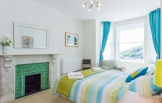 Double bedroom in apartment at Hambrough House, Ventnor, Self-catering