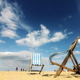 With contrasting landscapes and an ever-changing coastline the Isle of Wight has some of the best and most varied beaches in the country, perfect to visit at any time of the year!