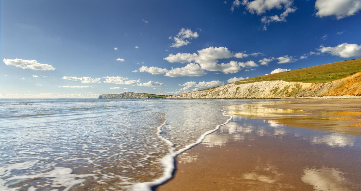 Isle Of Wight Beaches Visitisleofwight Co Uk