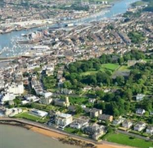 An abbreviated history of Cowes