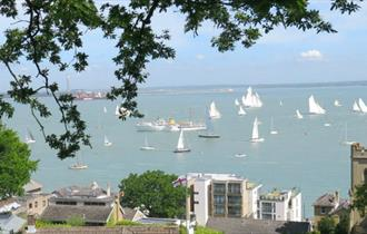 Isle of Wight, Special Events, Cowes Week Tree Climbing, Northwood View, Goodleaf