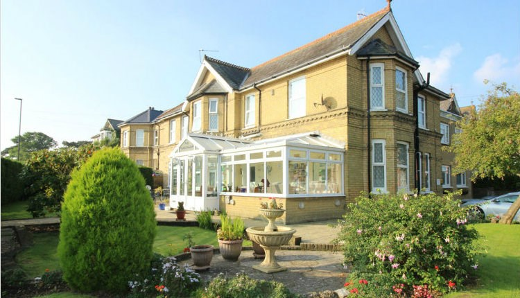 The Rowborough - Bed & Breakfast, Isle of Wight