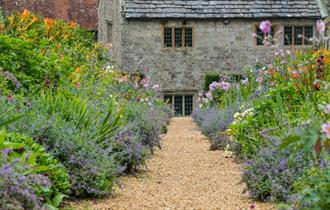 Isle of Wight, Things to Do, Mottistone Gardens