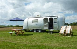 #47 - Have a vintage holiday in a shiny airstream with Vintage Vacations