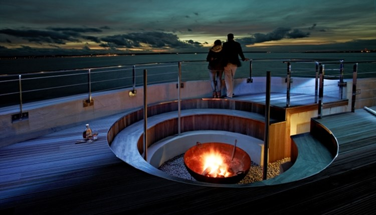 #92 - Live in luxury in the centre of the Solent at Spitbank Fort