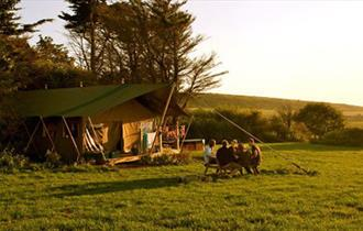 Tom's Eco Lodge