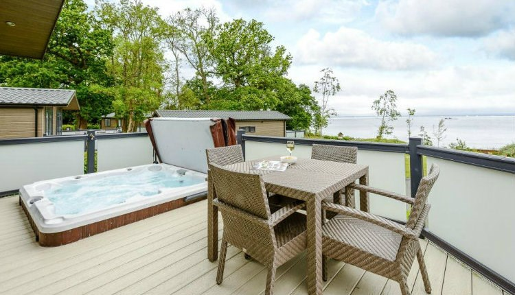 Hot Tub Lodges at Woodside Coastal Retreat - Isle of Wight Accommodation.