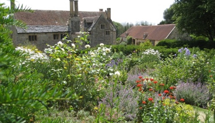 Mottistone Manor Garden