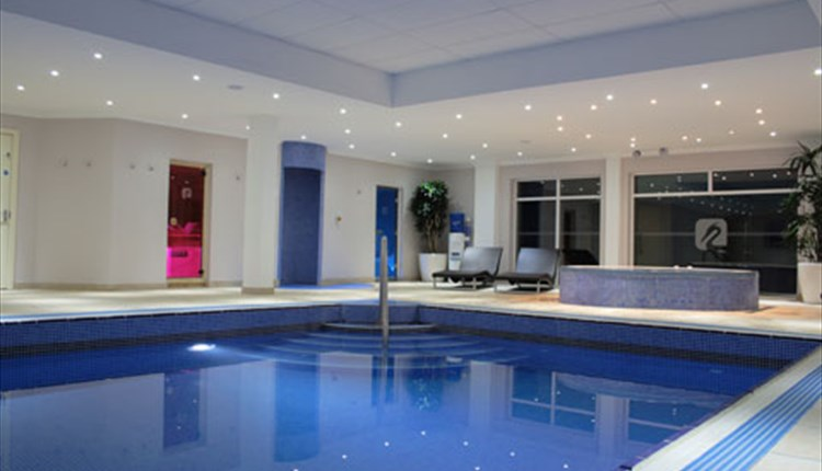 Swimming pool at Lakeside Park Hotel & Spa - Hotels, Isle of Wight